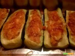 Barchette di zucchine con prosciutto cotto e formaggio