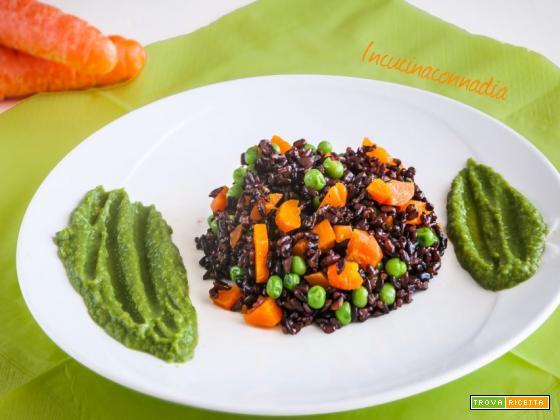 Riso venere con carote e crema di piselli