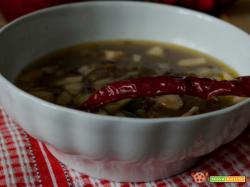 Zuppa di lenticchie con uvetta e mele