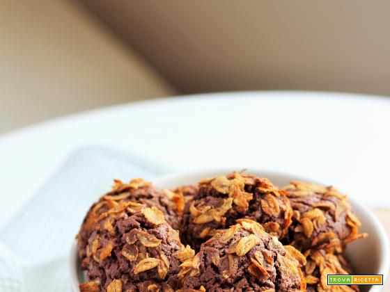 Biscotti al cacao con farro soffiato
