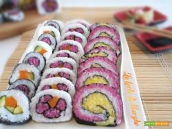 Sushi con verdure e alga nori piatto giapponese