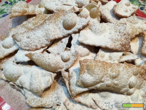 Le Chiacchiere di Carnevale con Cuisine Companion
