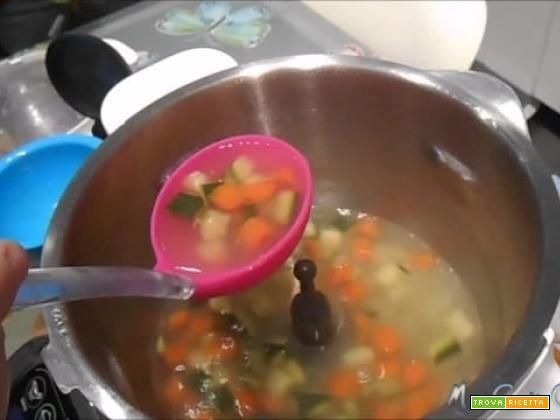 Ricette Baby – Brodo vegetale per lo svezzamento