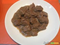 Spezzatino di vitellone, ricetta classica