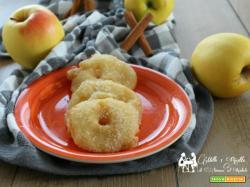 Frittelle di mele al profumo di arancia e cannella