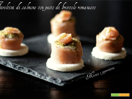 Involtini di salmone con pesto di broccolo romanesco