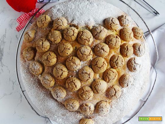 Torta cuor di amaretti e gocce di cioccolato
