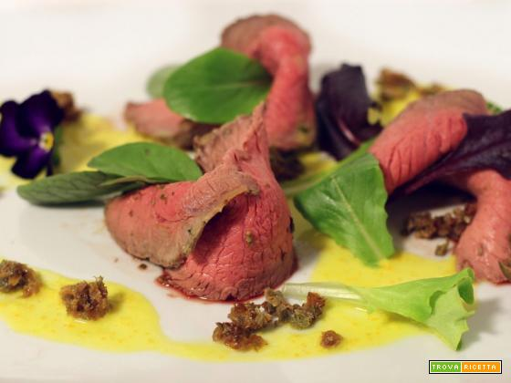 Roast beef senape e rosmarino con salsa agrumata – ricetta Cannavacciuolo