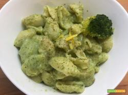 Pasta alla crema di broccoli e limone