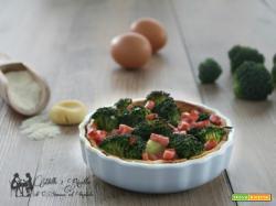 Torta di frolla salata con broccoletti e prosciutto