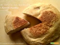 Pane cotto in padella con lievito madre