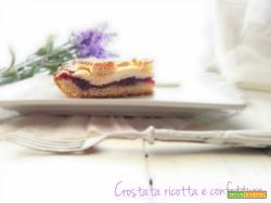La crostata ricotta e confettura per intolleranti al lattosio
