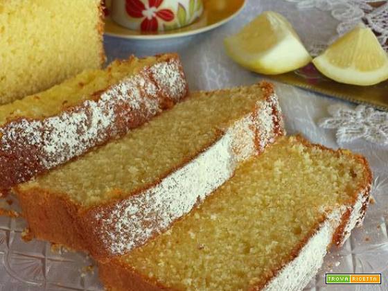 Plumcake soffice con panna e limone