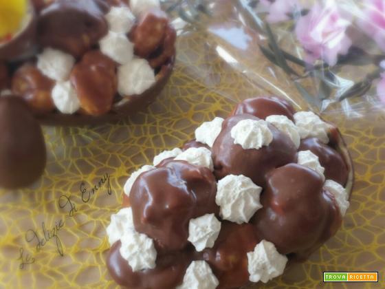 Profiteroles nell'uovo di pasqua