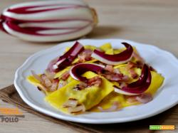 Ravioli al radicchio con pancetta croccante e cipolla