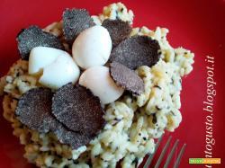 Risotto al tartufo con uova di quaglie