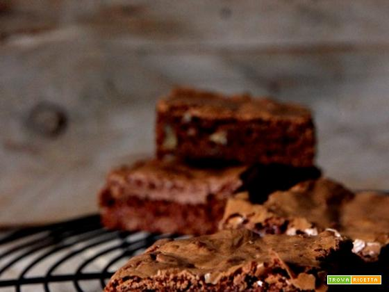 BROWNIES ALL'ARANCIA E NOCI