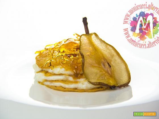 Millefoglie di crema di riso alle pere, limone e cardamomo con tuile al miele, sfoglie di pera e caramello