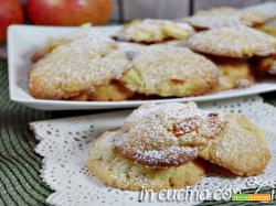 Biscotti mela e albicocche