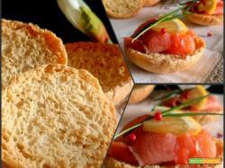 Crisp rolls (crostini) con lievito madre