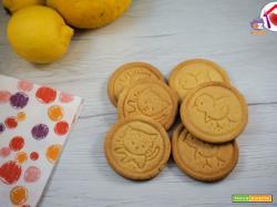 Biscotti stampati al limone