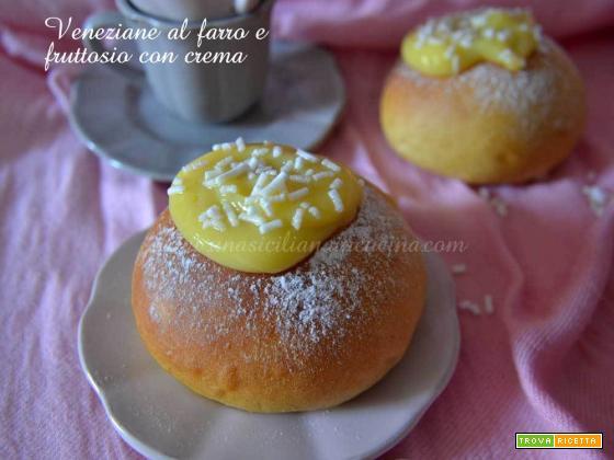 Veneziane al farro,fruttosio con crema