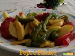Peperoni e patate- ricetta contorno di verdure in padella