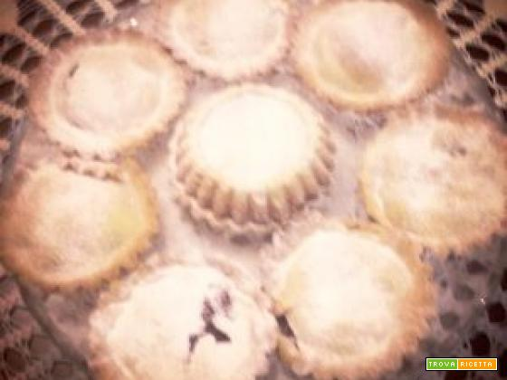 Crostatine ripiene di marmellata