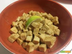 Tofu marinato con miele e limone