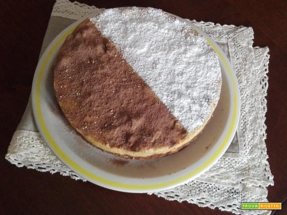 Torta di biscotti sbriciolati bicolore