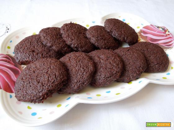 Biscotti al cacao senza burro velocissimi