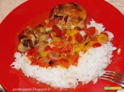 Pollo al forno con peperoni e riso