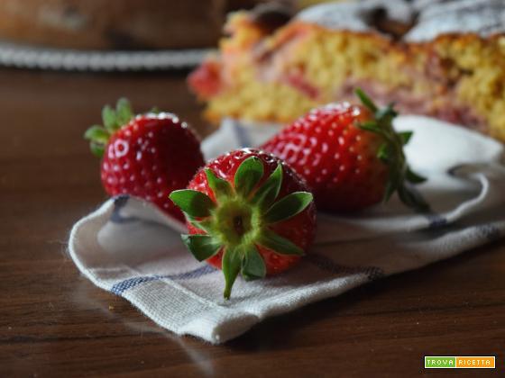 Torta di farro alle fragole, cocco e lemon curd