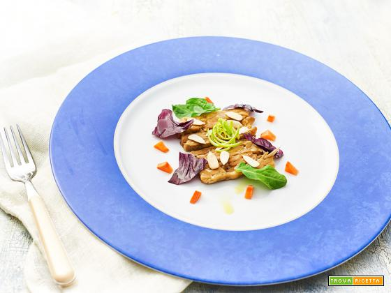 tempeh marinato con radicchio e spinaci