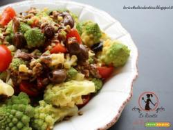 Broccolo romanesco in insalata con pomodorini, acciughe e olive taggiasche