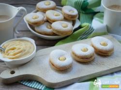 Dolci ovetti – biscotti farciti con crema all' arancia