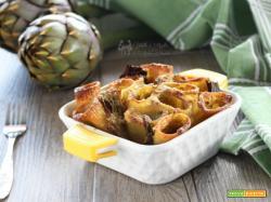 Pasta a forno con carciofi e prosciutto