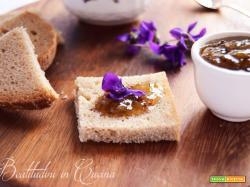 Confettura di violette per seguilestagioni