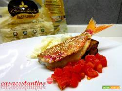Triglia scottata con Raspadura pomodoro e melanzana