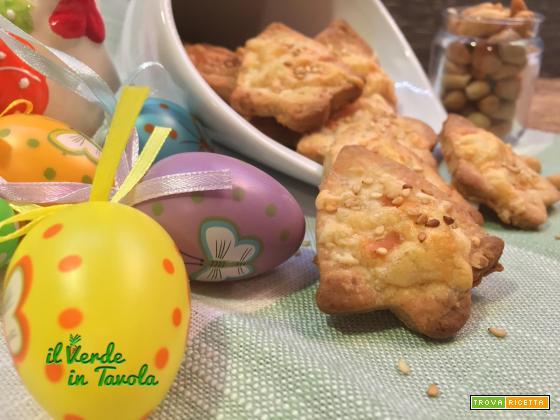 Biscotti salati alle arachidi con asiago – videoricetta