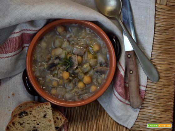 Zuppa di ceci, funghi e topinambur e una nuova avventura