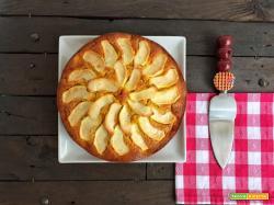 Torta soffice con carote e mele