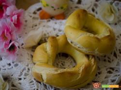 Taralli con uova e pepe – Ricette di pasqua