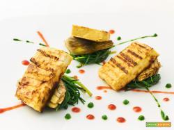 tofu con agretti e carciofi in verde e rosso