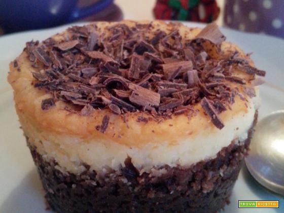 Piccoli cheesecake cocco e cioccolato