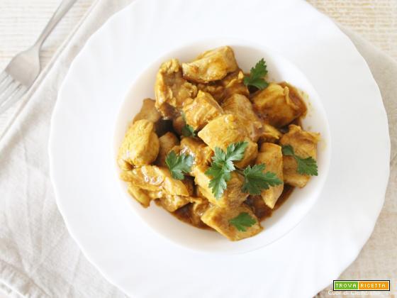 Pollo al Curry (facile e light) e quante proteine dobbiamo realmente mangiare al giorno!