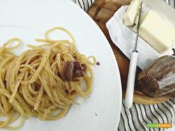 Pasta burro ed acciughe