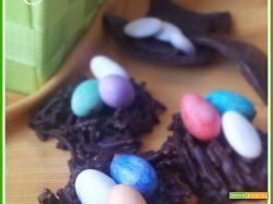 Cestini pasquali di cioccolato fondente