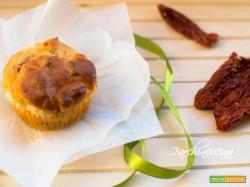 Muffin salati ai pomodorini secchi