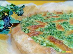 Torta rustica con broccolo nero ricotta e prosciutto